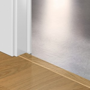 Профиль Quick-Step Livyn INCIZO QSVINCP40098 Дуб чистый мед 8x45x2000мм